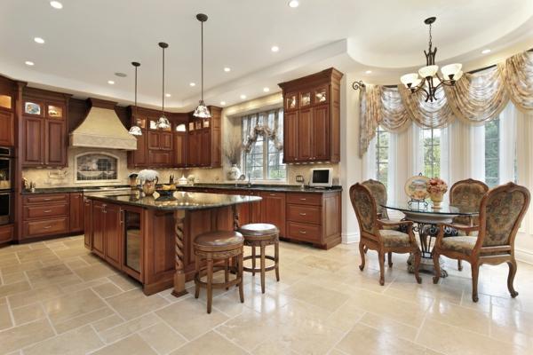 луксозен дизайн кухня с дърво