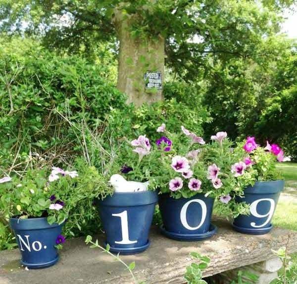 Идеи за декорация на градината с глинени саксии