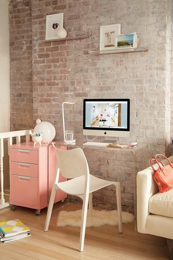 interior shabi shik stil obzavejdane stol shkaf rozovo