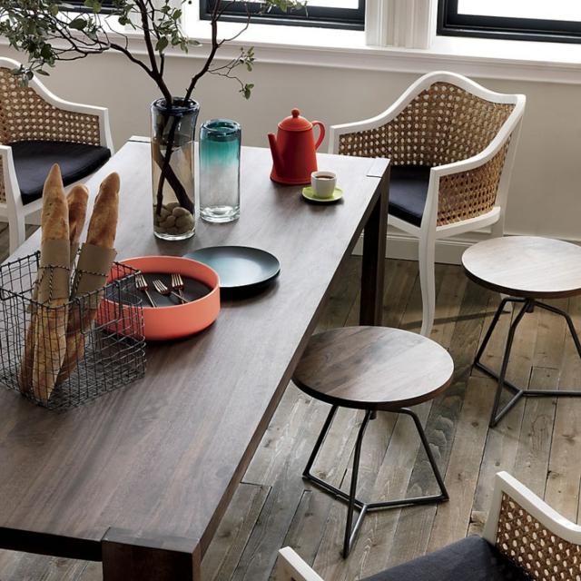 interior tendencii dizain trapezariq stolove