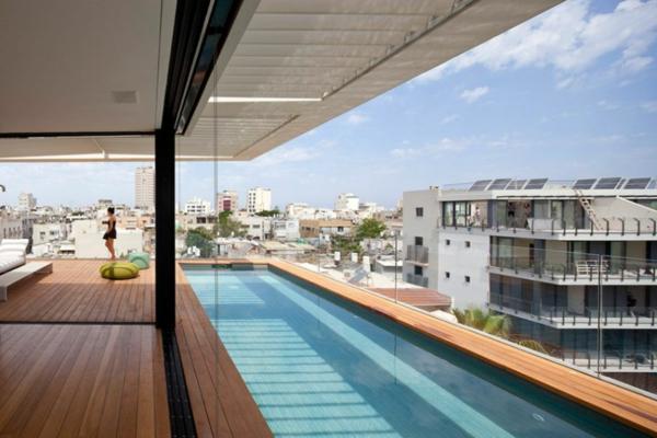kashta rezidenciq savremenen stil basen darvo parket terasa staklo