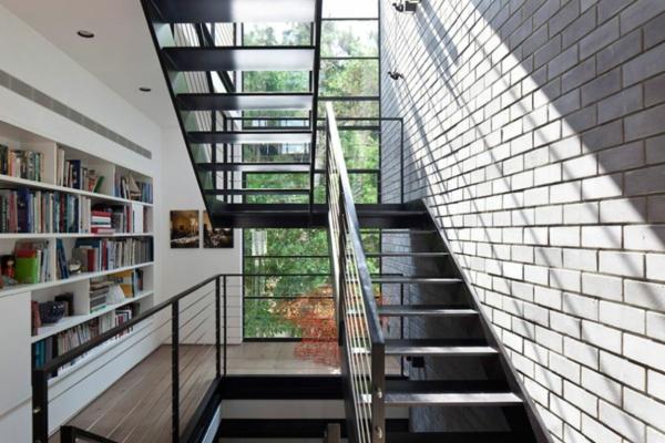 kashta rezidenciq savremenen stil interior stalbi biblioteka darvo