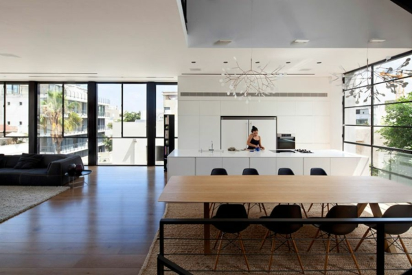 kashta rezidenciq savremenen stil obzavejdane kuhnq trapezariq interior