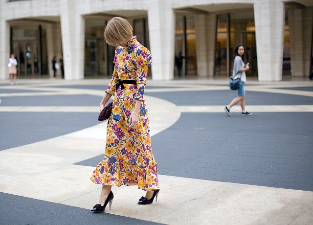 Макси рокля – с какво да я носим?