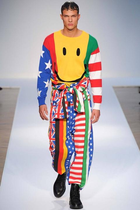 moschino majka moda prolet 2015