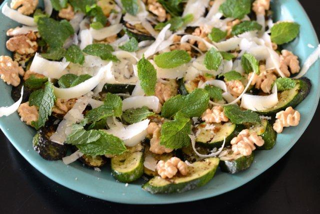 recepta za salata s tikvichki i menta