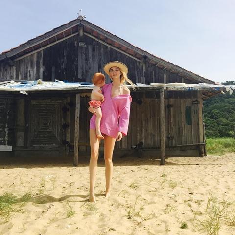 rozova roklq za plaja