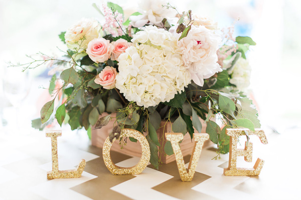 svatbena dekoraciq cvetq