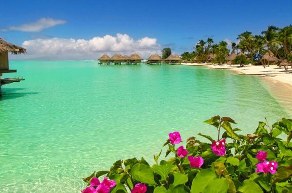 Бора-Бора-дестинация-почивка-плаж