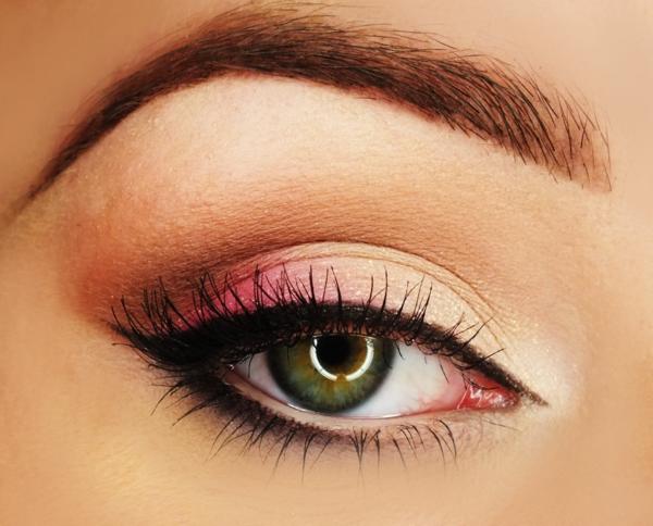 грим за зелени очи идеи розово бежово