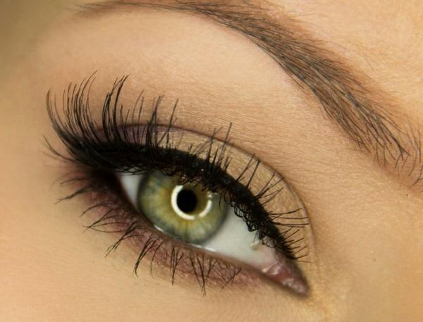 ежедневен грим за зелени очи идеи