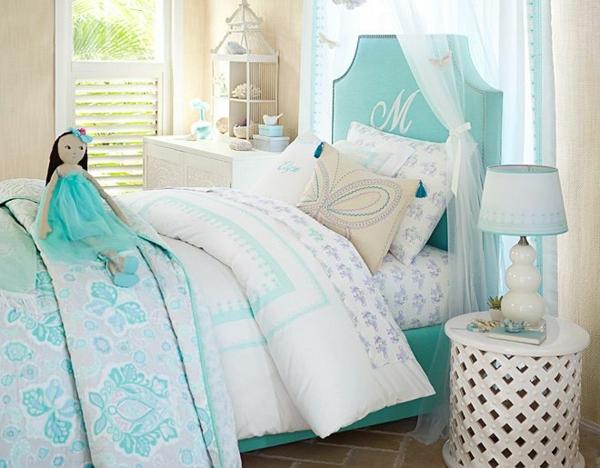 детска-стая-момичета-синьо-бяло-балдахин