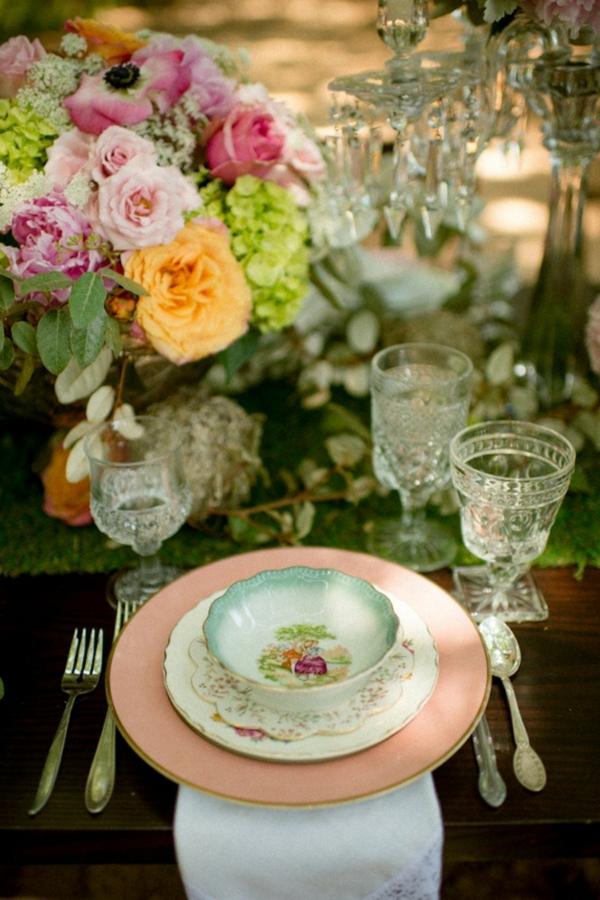 идеи сватбена украса на масата