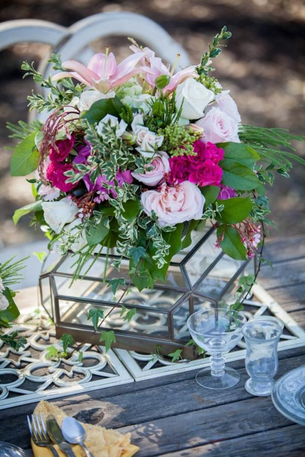 идеи за сватбена украса с цветя