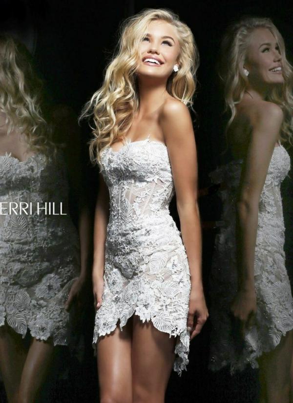 къса-сватбена-рокля-дантела-без-презрамки