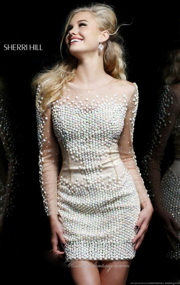 къса-сватбена-рокля-дълъг-ръкав-перкли