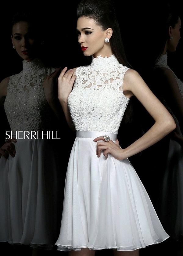 къса-сватбена-рокля-колан-дантела
