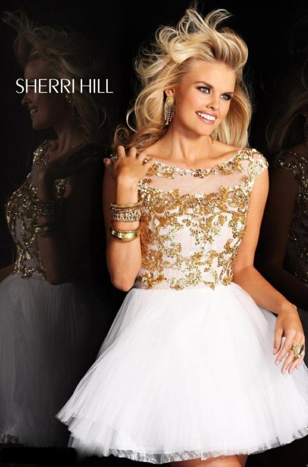 къса-сватбена-рокля-блестяща-декорация