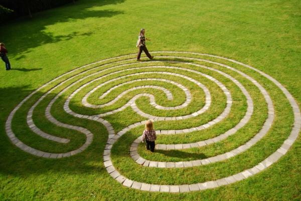места които да посетите сами лабиринт природа