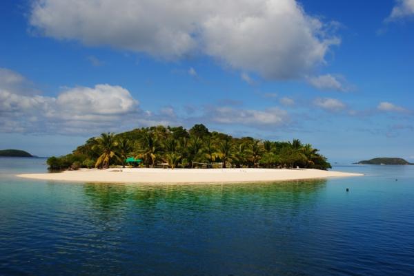 места които да посетите сами остров море