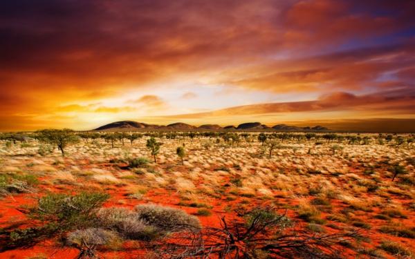 места които да посетите сами пустиня пясък залез