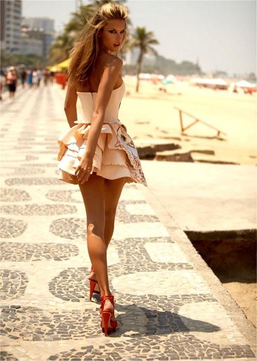плажни-визии-рокля-пеперуда