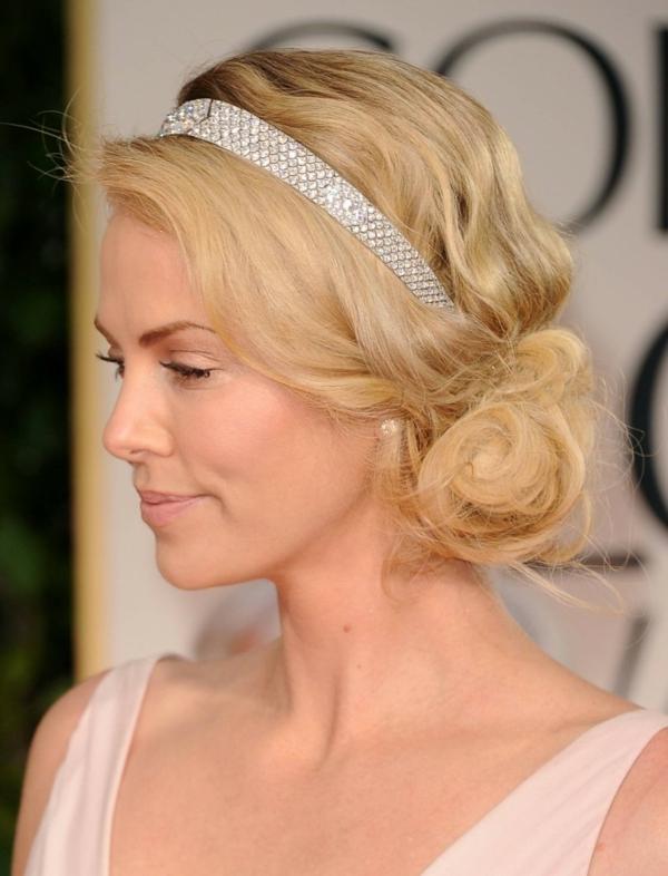 сватбени-прически-с-вдигната-коса-диадема шарлиз терон