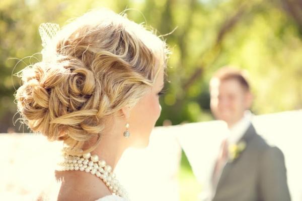 сватбени прически тенденции 2015