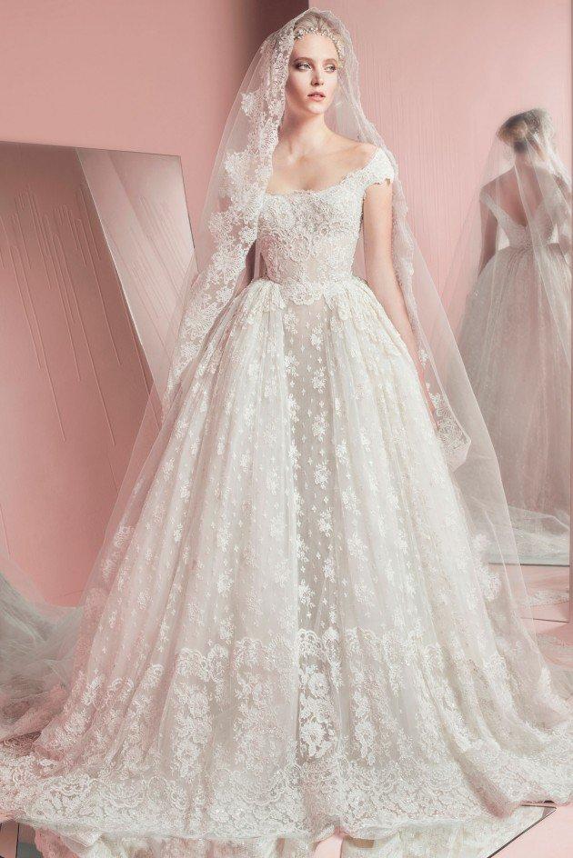 сватбени-рокли-2016-дантела-воал