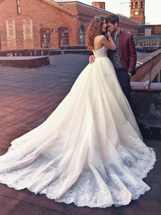 сватбени-рокли-дълги