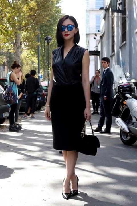 стрийт стайл малка черна рокля париж