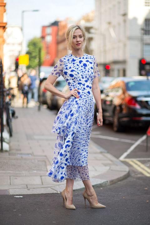 стрийт стайл синя рокля