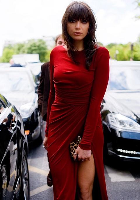червена-рокля-официална стрийт-стайл-