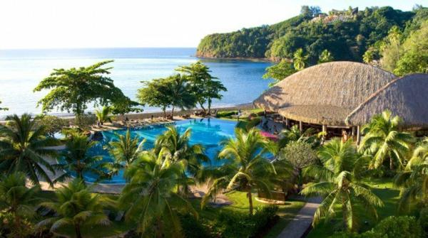 таити-океан-плаж-палми-растения