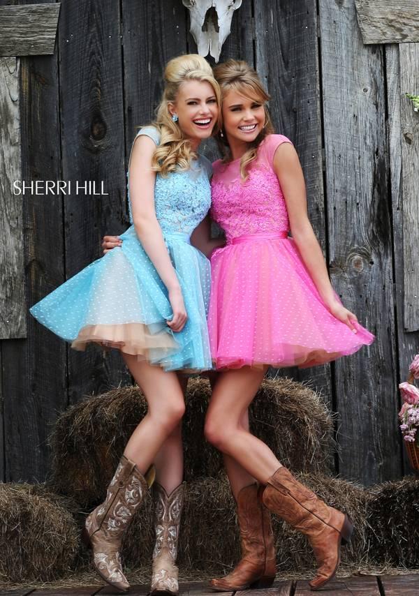 къси шаферски рокли в свежи цветове
