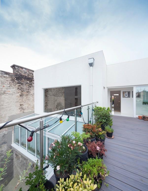 apartament interioren dizain futuristichen stil terasa pokriv