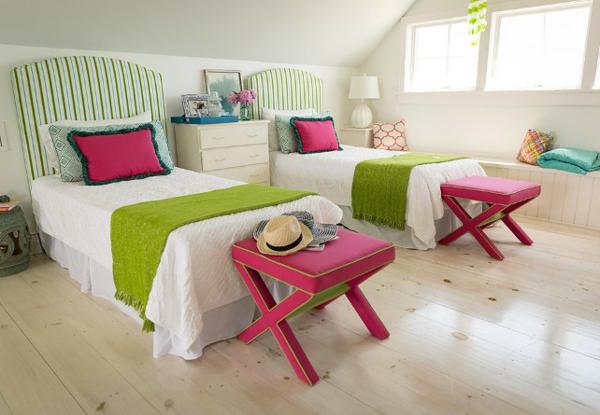 детска стая за две момичета интериор розово зелено
