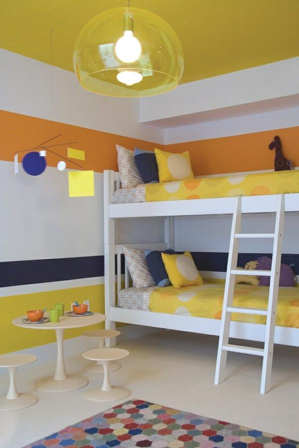 детска стая две момичета интериор обзавеждане жълто бяло