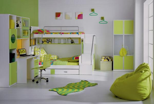 детска стая две момичета обзавеждане зелено бяло