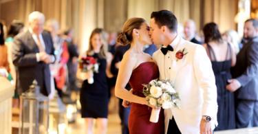 ideq za nestandartna svatba v cherveno fotografiq