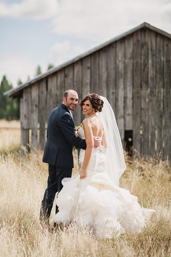сватбени снимки идеи младоженци