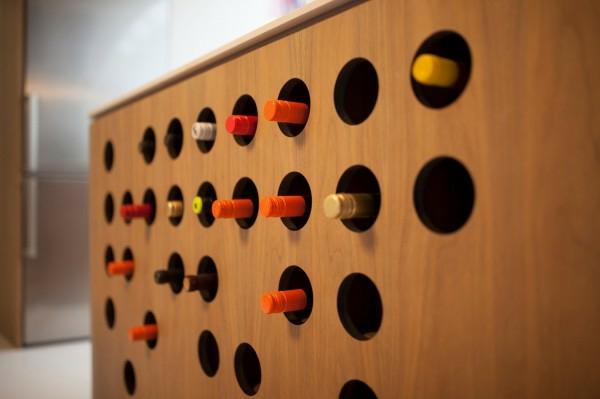 interioren dizain apartament futuristichen stil postavka vino