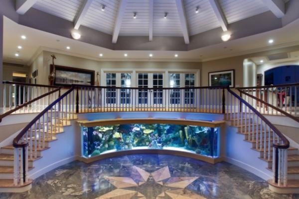 interioren dizain s akvarium