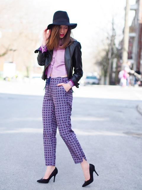 letni pantaloni print lilavo kare