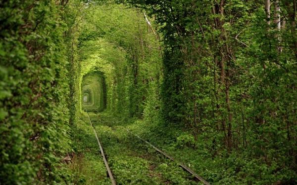 mesta po sveta tunel ukraina