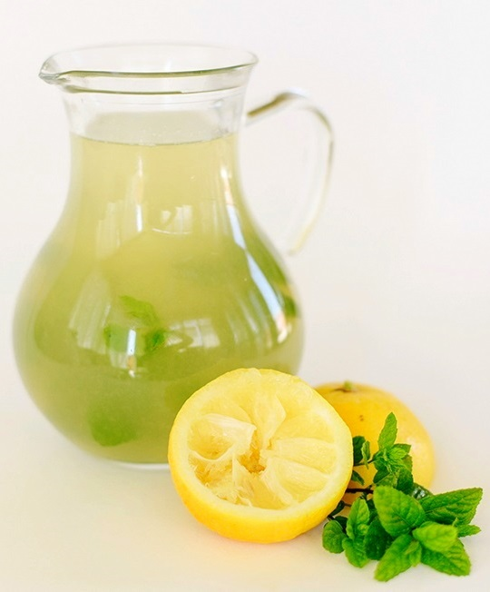 recepta za mentova limonada s med