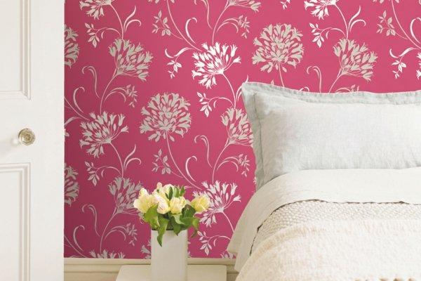 spalnq tapeti rozovo dizain bqlo cvetq interior obzavejdane
