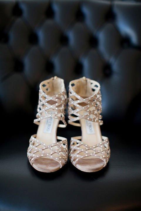 сватбени-обувки-с-камъни