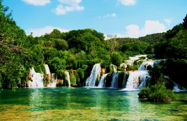 vodopadi v sveta Krka harvatiq park priroda