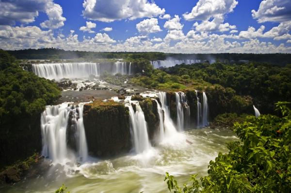 бразилия водопади игуасу дестинация забележителсности природа